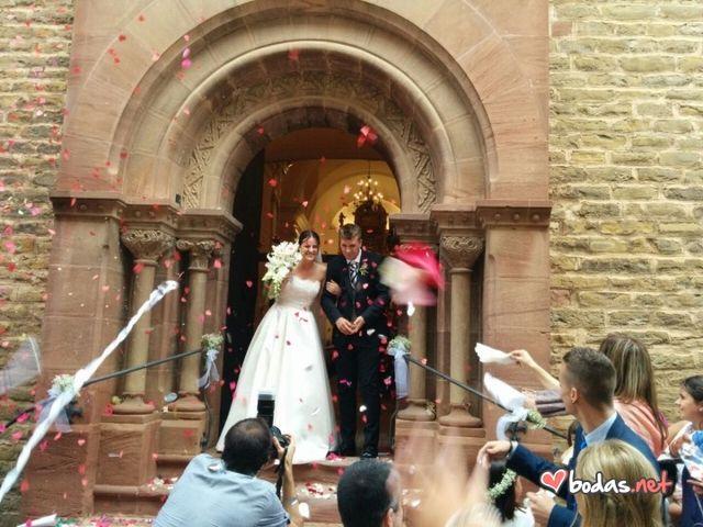 La boda de Roger y Estefanía en Seva, Barcelona 32