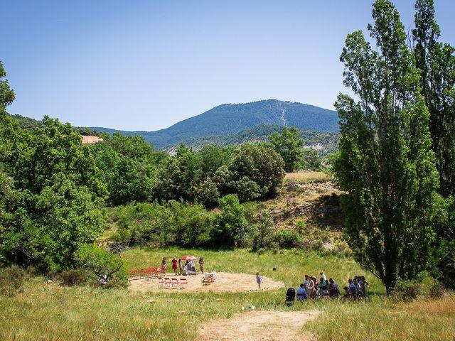 La boda de Kike y Patricia en Las Vilas Del Turbon, Huesca 29