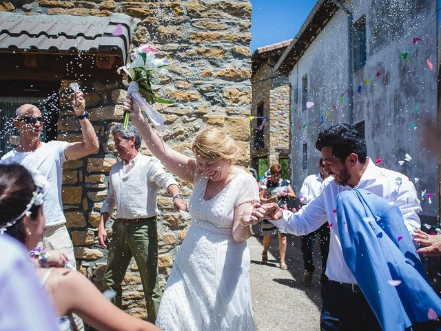 La boda de Kike y Patricia en Las Vilas Del Turbon, Huesca 48