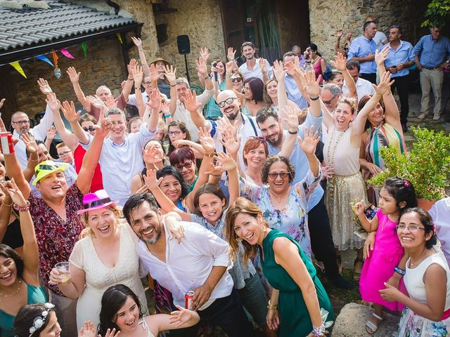 La boda de Kike y Patricia en Las Vilas Del Turbon, Huesca 62