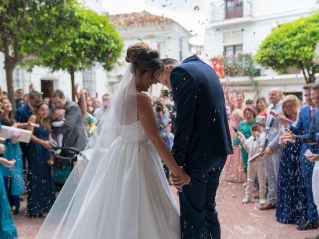 La boda de Alejandro y Jennifer en Marbella, Málaga 33