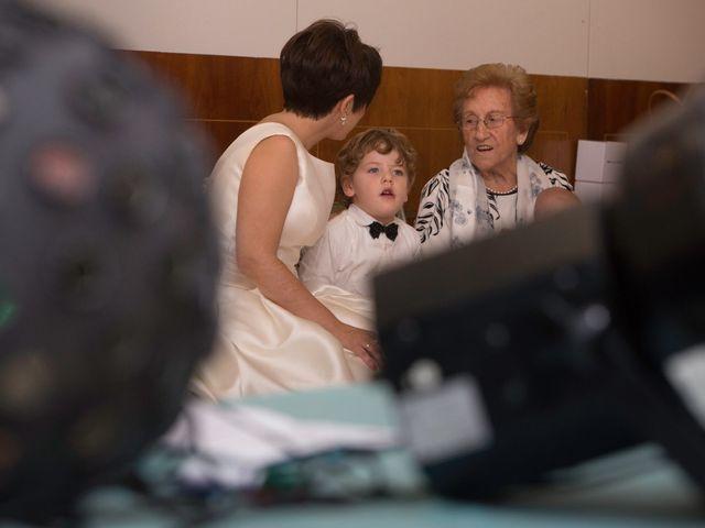 La boda de Alberto y Teresa en Madrid, Madrid 36