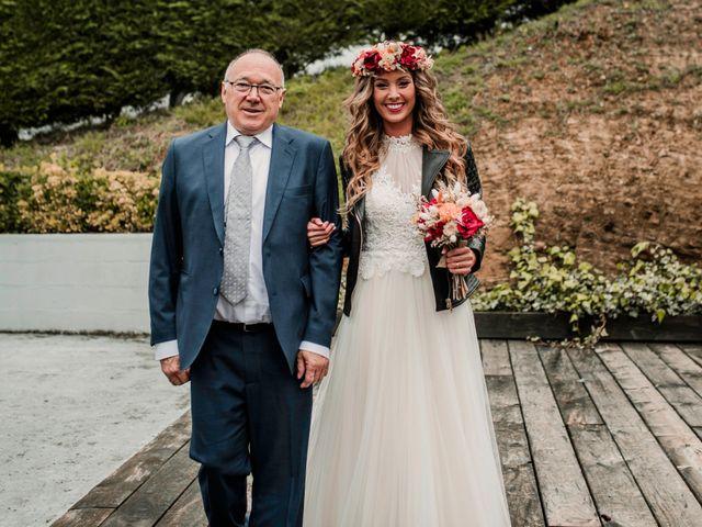La boda de Haritz y Noe en Hernani, Guipúzcoa 38