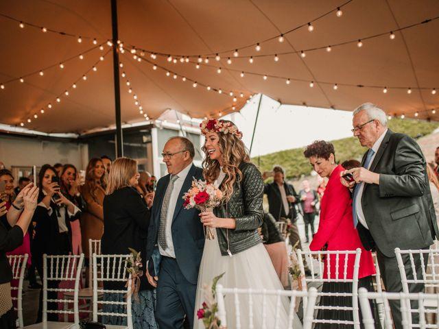 La boda de Haritz y Noe en Hernani, Guipúzcoa 71