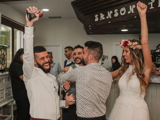 La boda de Haritz y Noe en Hernani, Guipúzcoa 99