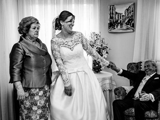 La boda de Javi y Gloria en Burriana, Castellón 22