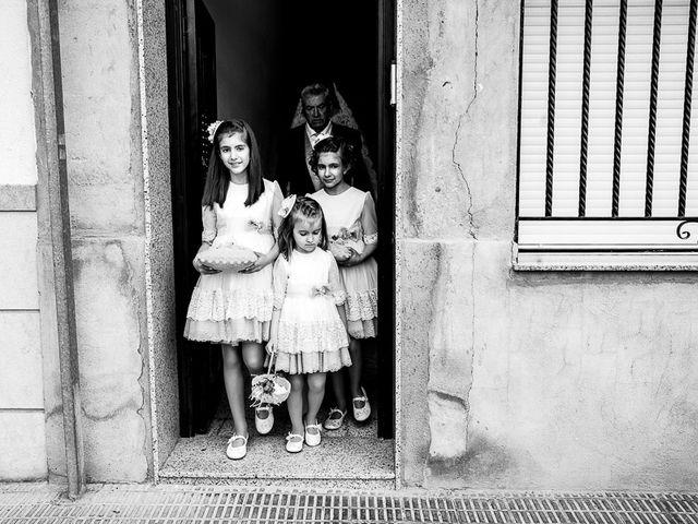 La boda de Javi y Gloria en Burriana, Castellón 23