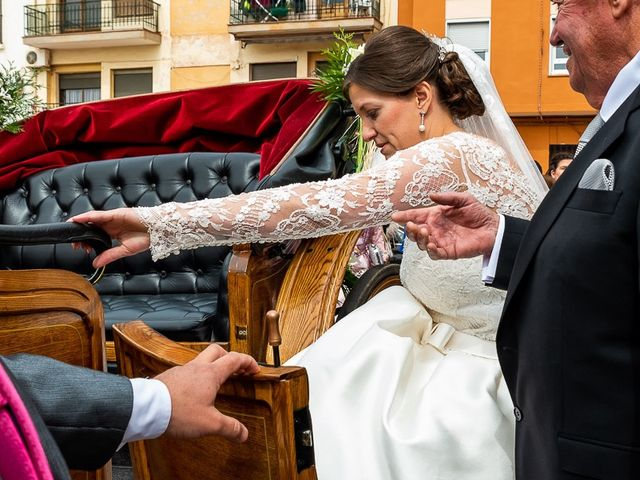 La boda de Javi y Gloria en Burriana, Castellón 26