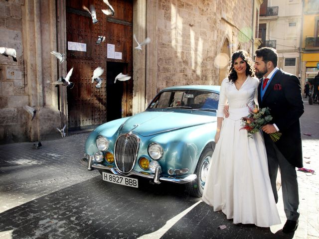 La boda de Adri y Bea en Valencia, Valencia 1