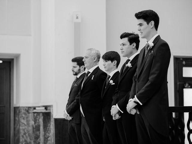 La boda de Fernando y Laura en Castillo De Viñuelas, Madrid 18