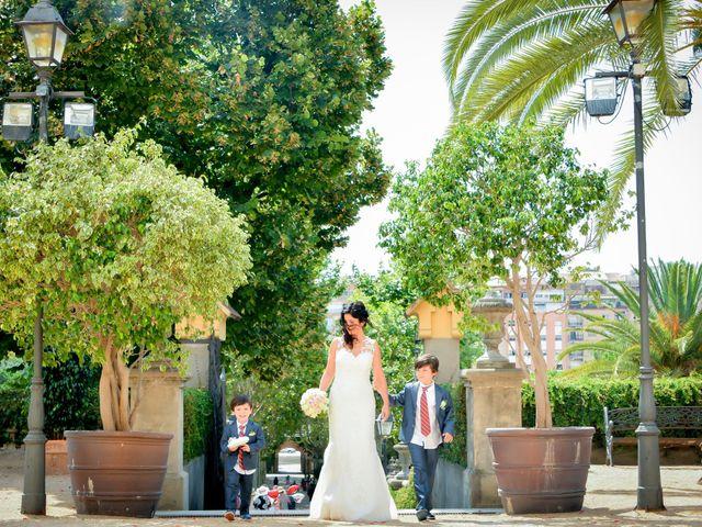 La boda de Sergi y María en L' Hospitalet De Llobregat, Barcelona 9
