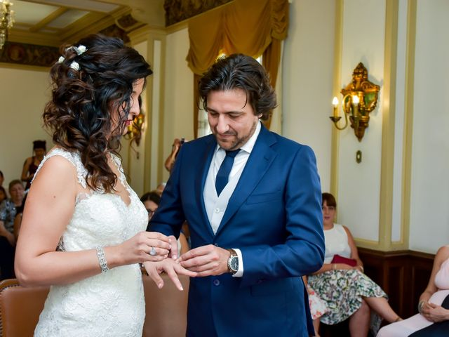 La boda de Sergi y María en L' Hospitalet De Llobregat, Barcelona 13