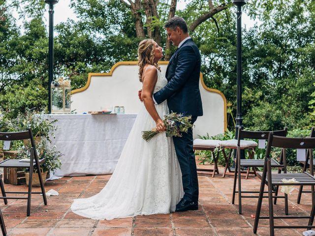 La boda de Mariano y Laura en Castelló/castellón De La Plana, Castellón 27
