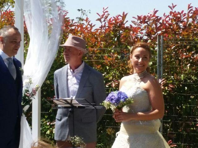 La boda de Albert y Agnès en Torroella De Montgri, Girona 1