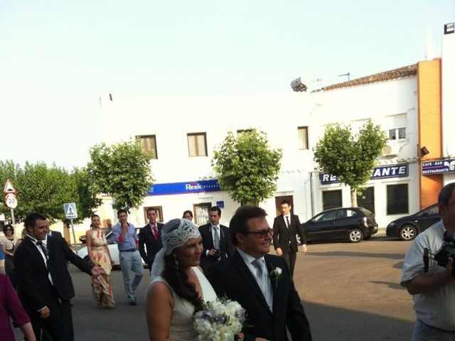 La boda de Tony y María  en Badajoz, Badajoz 5
