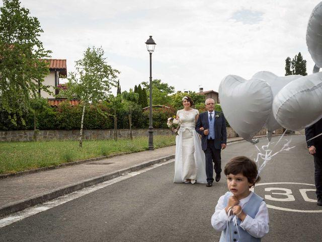 La boda de Josu y Paula en Vitoria-gasteiz, Álava 28