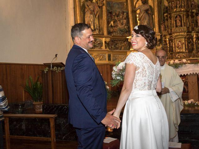 La boda de Josu y Paula en Vitoria-gasteiz, Álava 34
