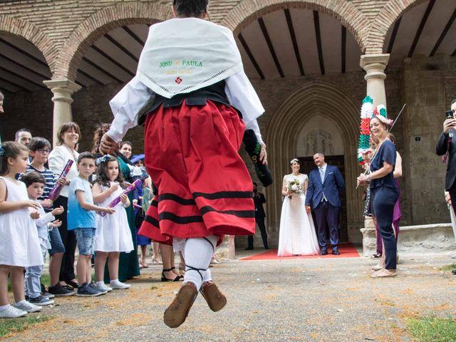 La boda de Josu y Paula en Vitoria-gasteiz, Álava 37