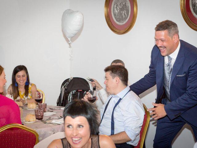 La boda de Josu y Paula en Vitoria-gasteiz, Álava 75