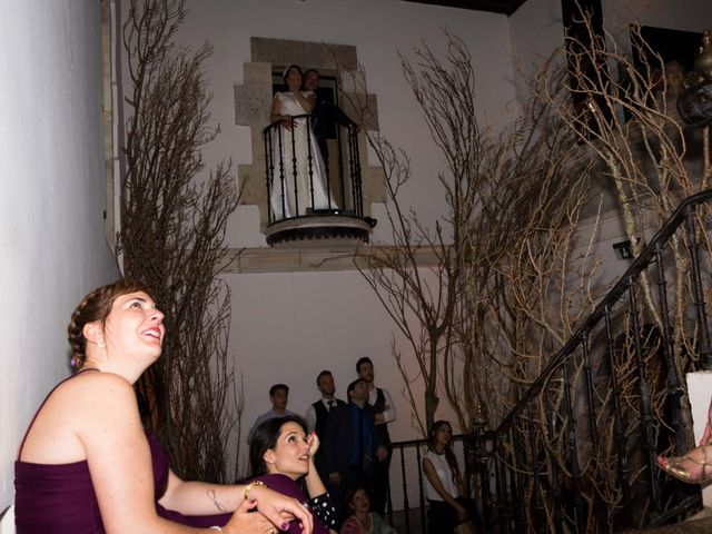 La boda de Josu y Paula en Vitoria-gasteiz, Álava 98