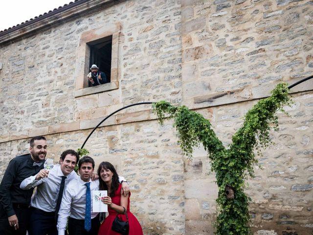 La boda de Josu y Paula en Vitoria-gasteiz, Álava 120
