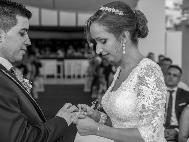 La boda de Daniel y Soraya en Estepona, Málaga 26