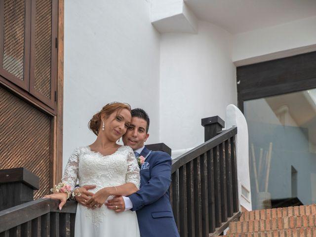 La boda de Daniel y Soraya en Estepona, Málaga 32