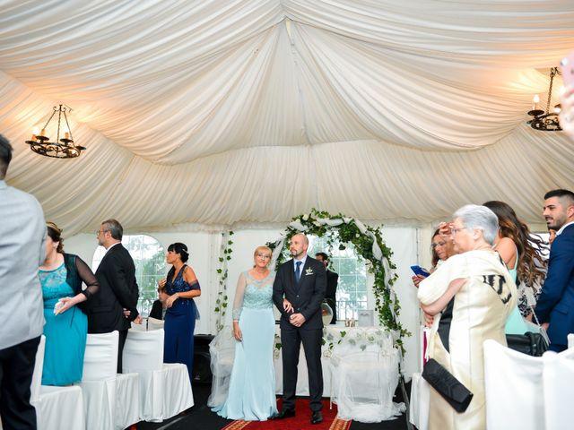 La boda de Laura y Ivan en Gava, Barcelona 13