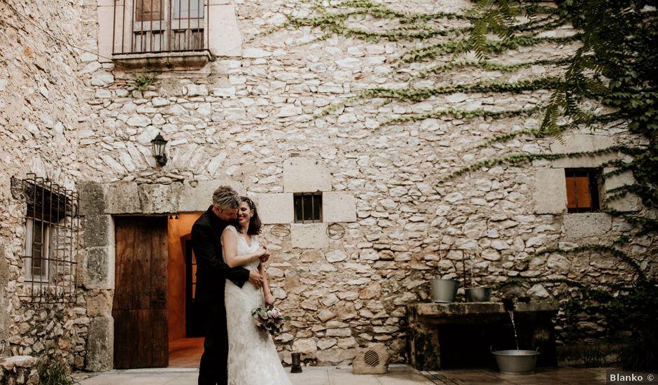 La boda de Víctor y María José en La Riera De Gaia, Tarragona