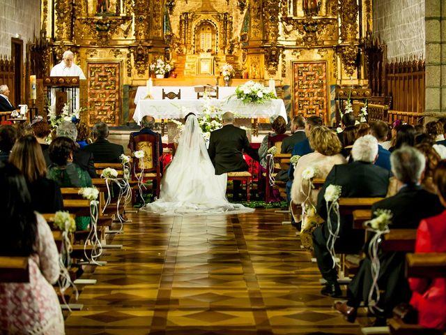 La boda de Raúl y Quintina en Burgos, Burgos 38