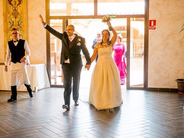 La boda de Raúl y Quintina en Burgos, Burgos 49