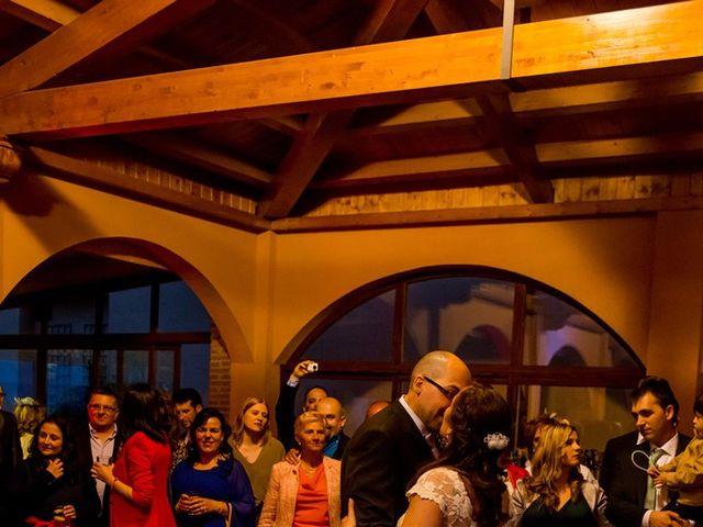 La boda de Raúl y Quintina en Burgos, Burgos 53