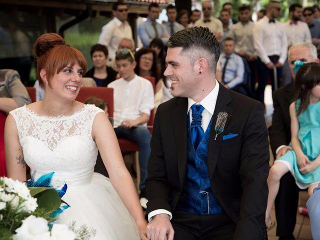 La boda de Andoni y Izaskun en Sondika, Vizcaya 16