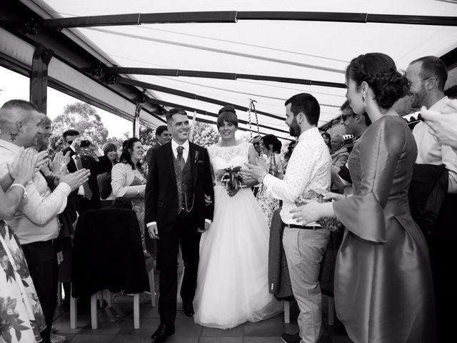La boda de Andoni y Izaskun en Sondika, Vizcaya 21