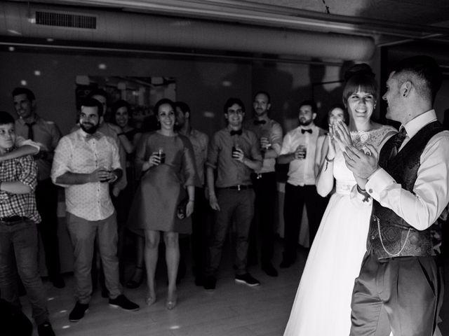 La boda de Andoni y Izaskun en Sondika, Vizcaya 38