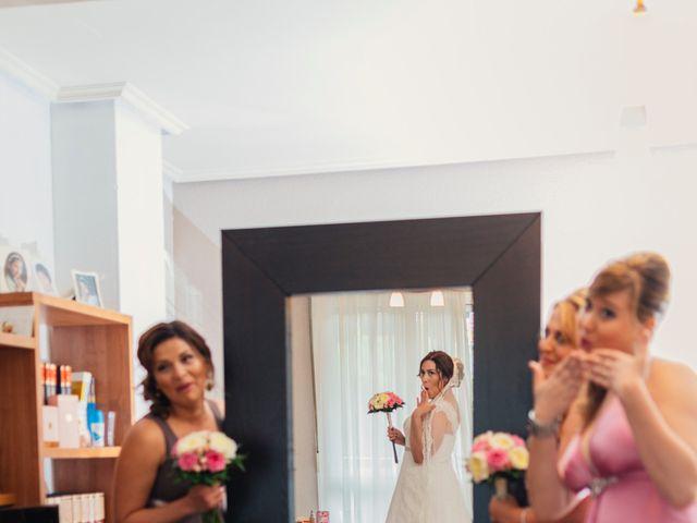 La boda de Javier y Ninoska en Getxo, Vizcaya 11