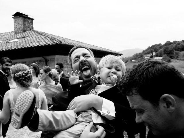 La boda de Javier y Carol en Cereceda (Villamayor), Asturias 30