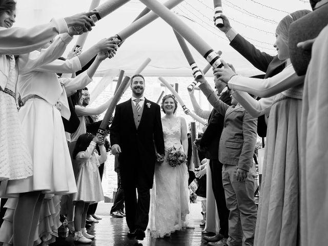 La boda de Javier y Carol en Cereceda (Villamayor), Asturias 41
