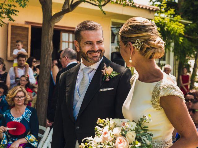 La boda de Ricardo y Lucia en Partida El Salt (Muchamiel), Alicante 21