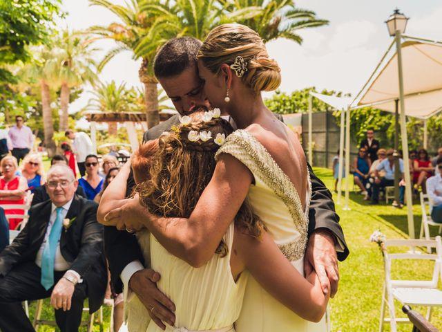 La boda de Ricardo y Lucia en Partida El Salt (Muchamiel), Alicante 31