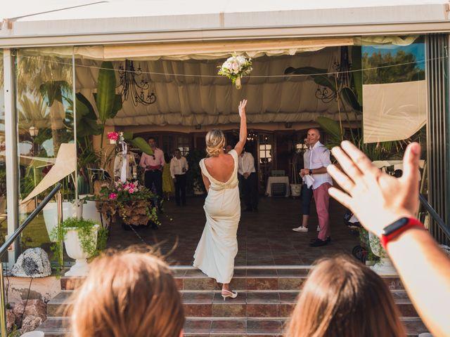 La boda de Ricardo y Lucia en Partida El Salt (Muchamiel), Alicante 46