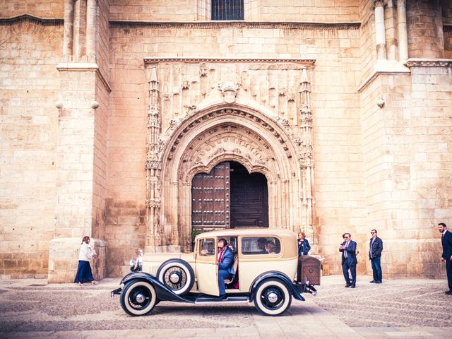 La boda de Pedro y Amparo en Valdepeñas, Ciudad Real 40