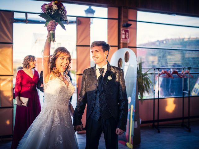 La boda de Pedro y Amparo en Valdepeñas, Ciudad Real 90