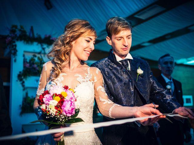 La boda de Pedro y Amparo en Valdepeñas, Ciudad Real 105