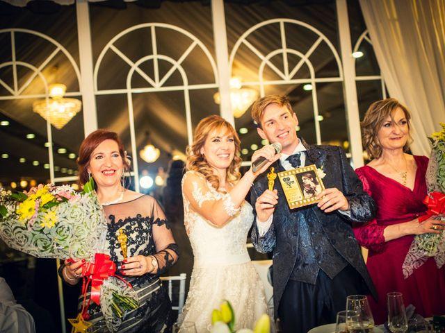 La boda de Pedro y Amparo en Valdepeñas, Ciudad Real 112