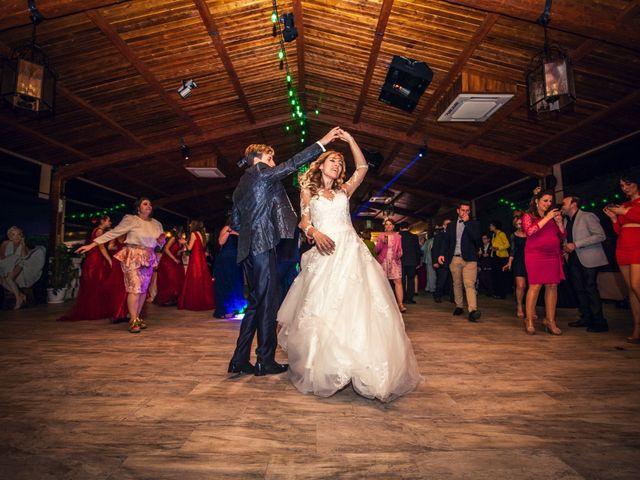 La boda de Pedro y Amparo en Valdepeñas, Ciudad Real 127