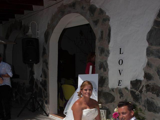 La boda de Adelaida y Iván en Montaña Cardones, Las Palmas 13