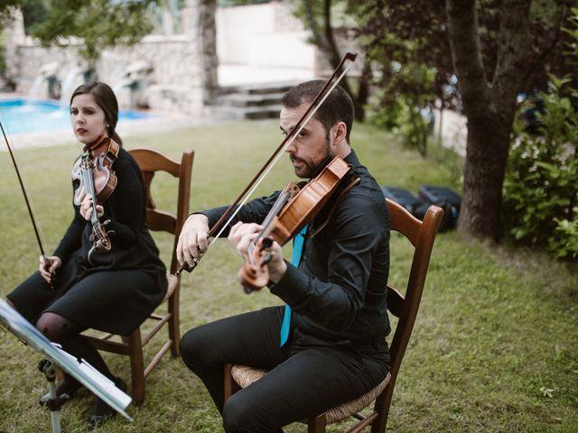 La boda de Javier y Lorena en Navaluenga, Ávila 114