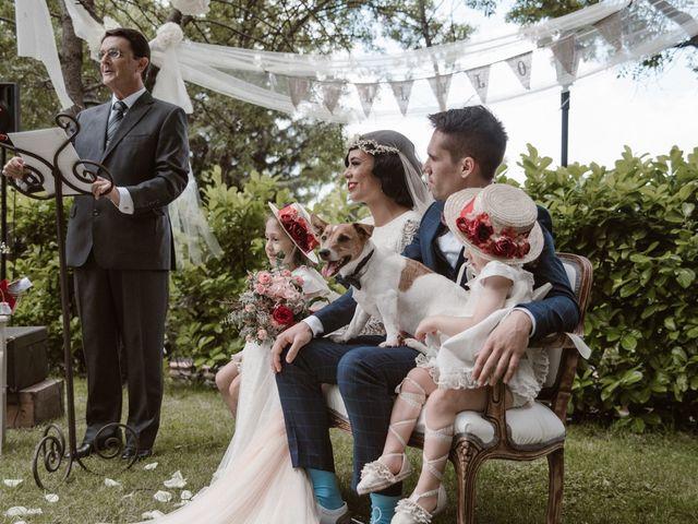 La boda de Javier y Lorena en Navaluenga, Ávila 117
