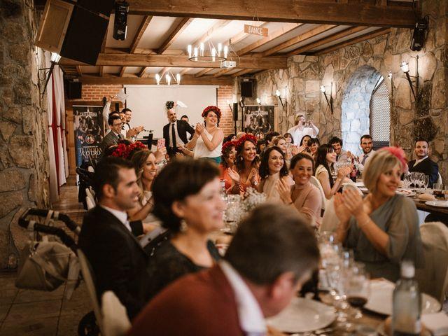La boda de Javier y Lorena en Navaluenga, Ávila 166
